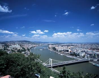 Budapest Panorama 2 MT